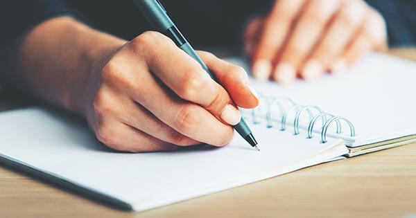 Proposer et faire créer des aides à la rédaction, à l'expression écrite en langues vivantes